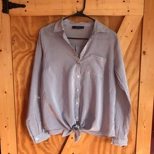 The Limited button down top